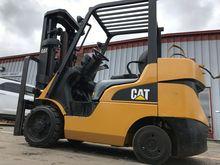 Cat FGC30N LP Gas Cushion Tire