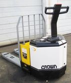 Used 2007 Crown PW35