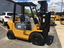 Cat GP25 LP Gas Pneumatic Tire