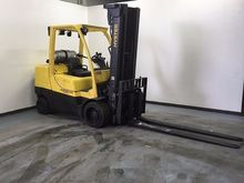 2010 Hyster S100FT LP Gas Cushi