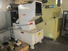 LR SYSTEMS SG400 GRANULATOR 141