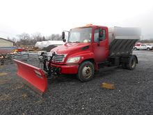 2006 Hino 338 Plow Truck