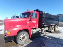 2003 Freightliner FLD120 Dump T