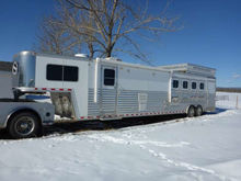 2008 Sterling 44ft Horse Traile