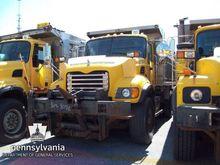 2004 Mack Granite CV713 Dump Tr