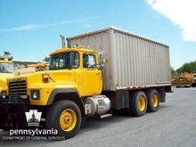 1997 Mack RD690S Box Truck