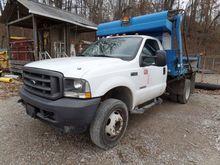 2004 Ford F450 Dump Truck