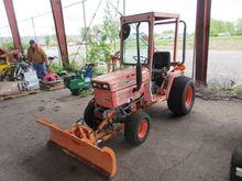 1987 Kubota b7200 4wd Tractor