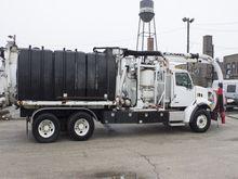 2007 Sterling LT7501 Vacuum Tru