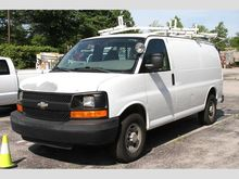 2008 chevrolet express 3500 Car