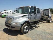 2013 freightliner durastar 4300