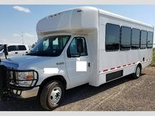 2015 ford e450 25 passenger Bus