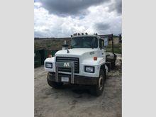 1998 mack rd688s Rolloff Truck