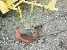 Lawn Mowers & Push Mowers