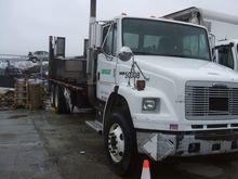 2003 freightliner fl80 Truck