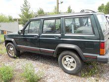 1993 jeep cherokee sport SUV -