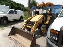 2004 john deere Loader Backhoe
