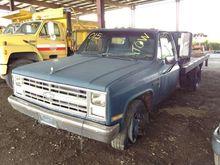 1988 chevrolet r30 Stake Body T