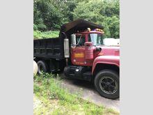 1987 mack r685st Dump Truck