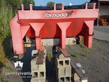 Tornado Salt Spreader; Maint Bl