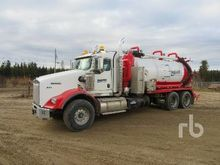 2012 Freightliner 114SD T/A Vac