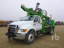 2005 Ford F750 Deep Rock DR150