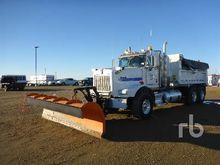 2015 Kenworth T800 T/A Plow/San