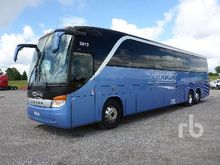 2005 gmc C5500 46 Passenger Bus