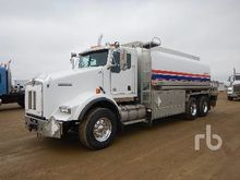 2012 Kenworth T800 T/A Fuel & L
