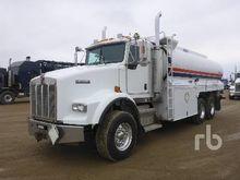 2005 Kenworth T800B T/A Fuel &