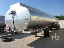 2000 Young 9000 Gallon T/A Fuel
