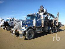 2008 Kenworth T800B Tri/A Log T