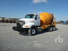 2005 Sterling L9500 T/A Mixer T