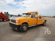 1988 Ford F450 S/A Tow Truck