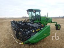 2011 John Deere R450 SP Swather