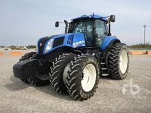 2014 New Holland T8.330 MFWD Tr