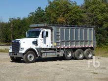 2004 Kenworth T800 Dump Truck (