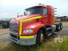 2014 Mack CXU613E Pinnacle 6x4