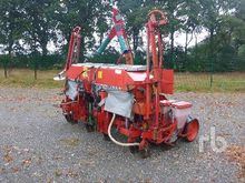 becker aeromat t6 Air Seeder