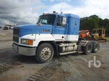 1998 Mack Sleeper Truck Tractor