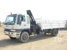 2001 Hino GH3 4x2 Flatbed Truck