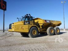 2011 caterpillar 740 & Used Art
