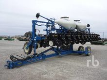 2012 kinze 3600 24 Row Planter