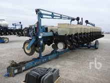 1995 kinze 2600 31 Row 15 In. P