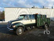 1999 Ford F450 XL Service Truck
