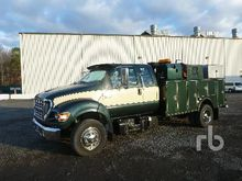 2015 Ford F550 XLT 4x4 Service