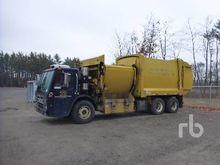2011 freightliner ca125slp & Us