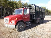 2001 International 4700 S/A Hig