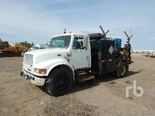 1998 International 4700 S/A Wel