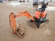 Kubota K008 Micro Excavator (<